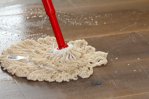 Holzboden säubern mit dem Swep-Mopp